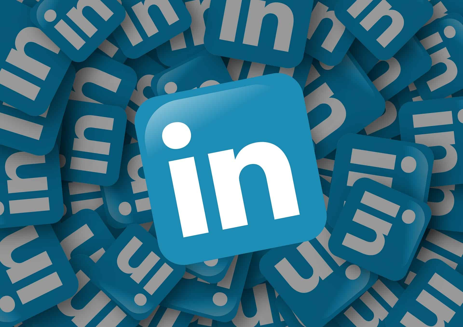 Top Reasons To Start Blogging On Linkedin