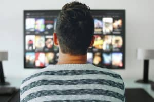 How Does Digital Television Service Differ From Cable Television