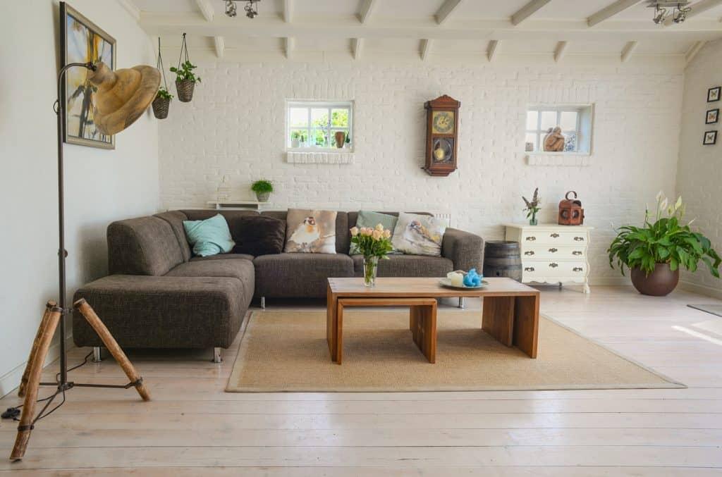 Modern Living Room Decor Trends To Upgrade Your Home Decor