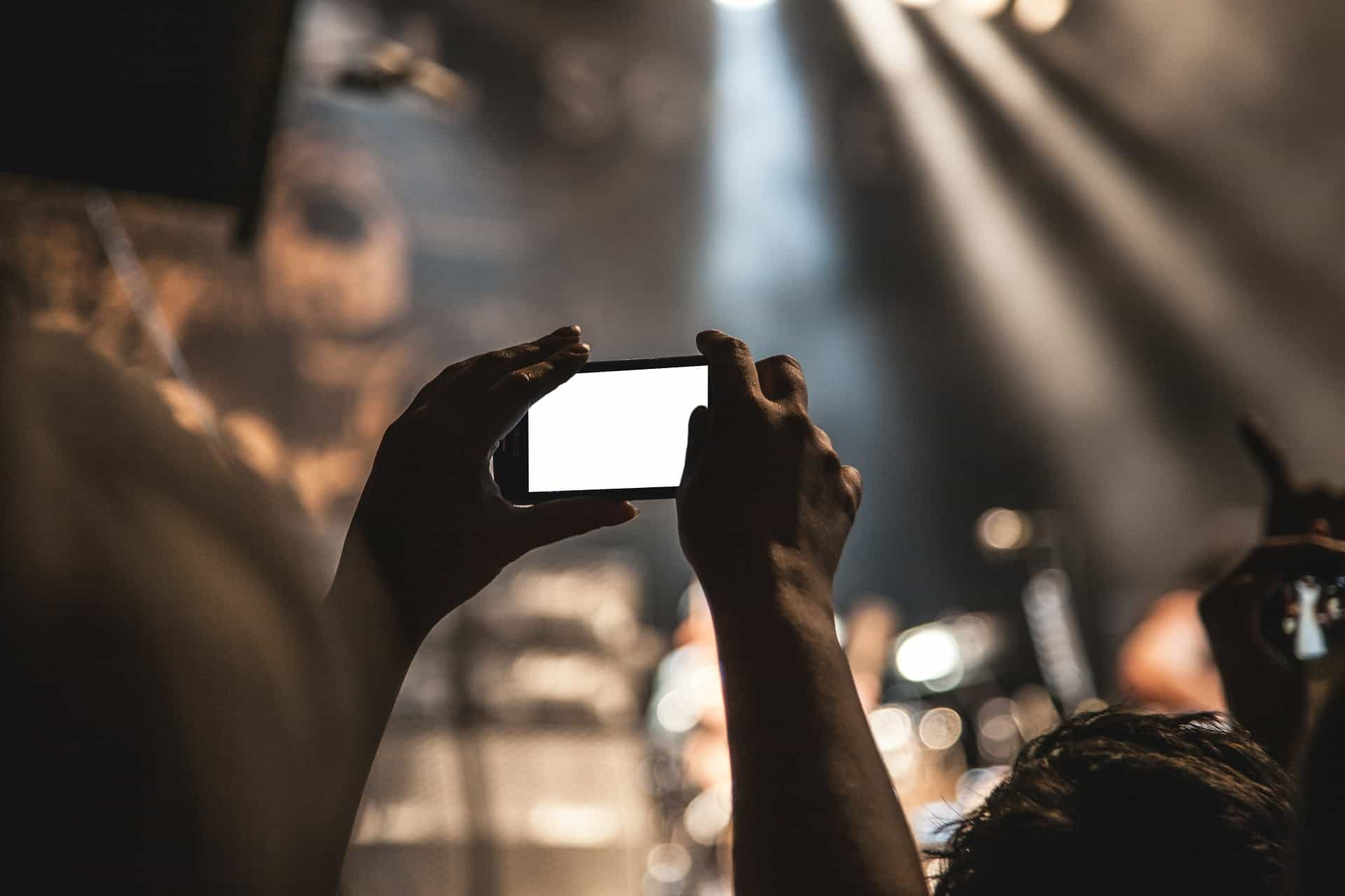 Why Do Smartphones Have So Many Cameras