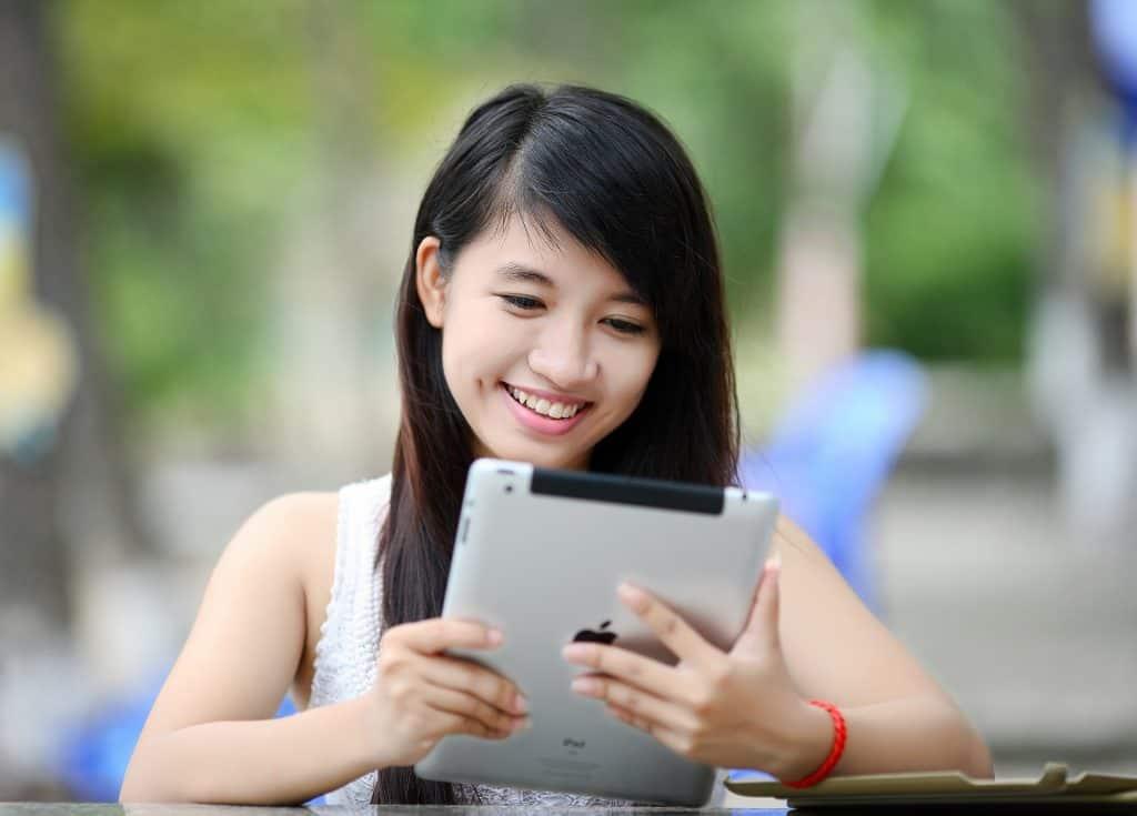 Ways To Use The Internet To Kill Boredom